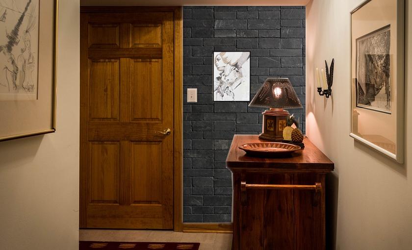 Hallway decorated with Stonetack